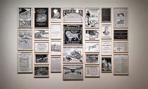 Fernando Bryce, Ausstellungsansicht Auf frischer Tat, 2016